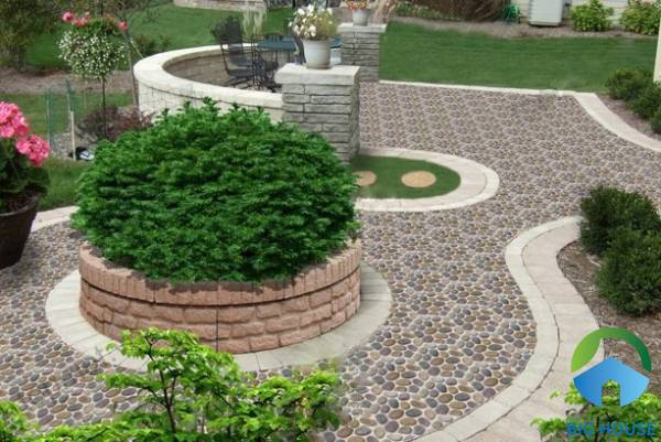 Gạch sỏi đá Mikado ứng dụng cho không gian sân vườn
