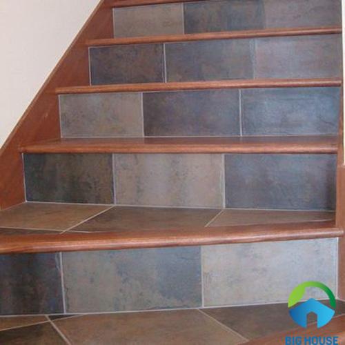 gạch lát cầu thang mikado 15