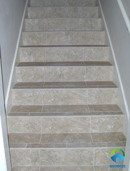 gạch lát cầu thang mikado 7