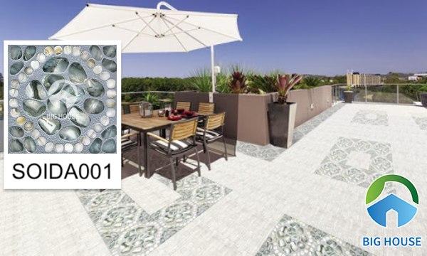 Mẫu SOIDA001 gạch lát sân vườn được khá nhiều khách hàng lựa chọn cho khu vực sân vườn ngoài trời. Họa tiết là những viên sỏi đá bề mặt định hình tăng khả năng chống trơn trượt cho khu vực này.