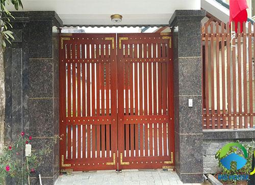 gạch ốp trụ cổng nhà 3