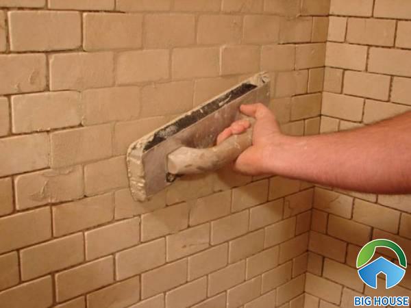 Cách khắc phục gạch ốp tường bị nứt vỡ