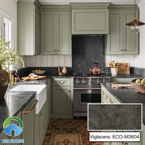 Nếu bạn ưa chuộng gam màu tinh tế thì đừng bỏ qua mẫu gạch ECO-M3604 đến từ Viglacera. Tone xám trung tính giúp hạn chế bụi bẩn cũng như tạo nét cổ điển cho không gian