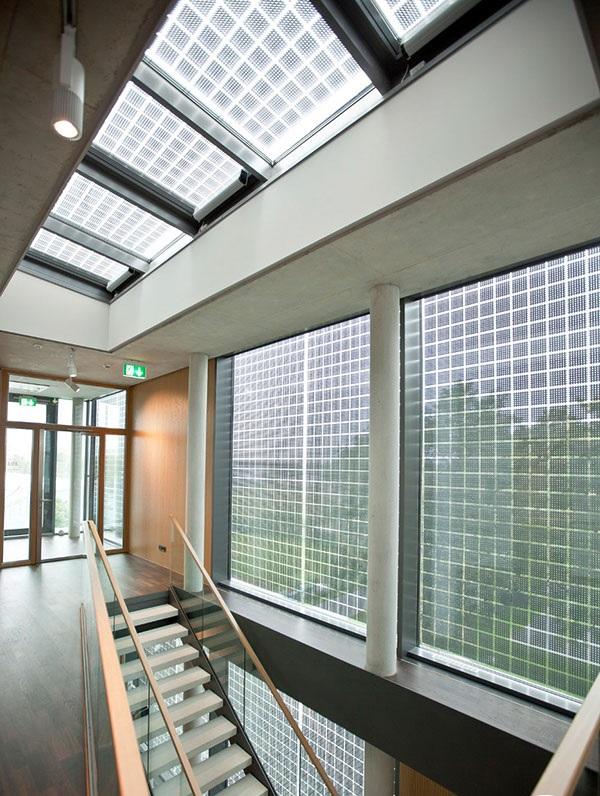 gạch kiếng giếng trời giúp lấy ánh sáng tự nhiên